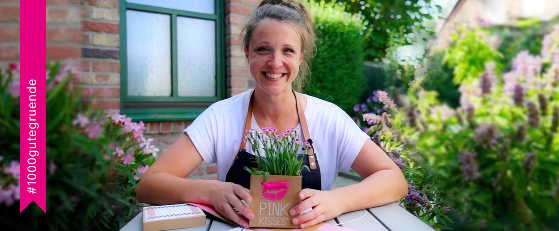 Annemarie von 1000 gute Gründe für Blumen und Pflanzen stellt ein DIY mit Pink Kisses vor und gibt Tipps zur Pflege der niedlichen Mininelke.