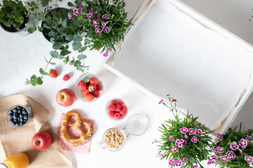 Das Material für die Pink-Kisses-Frühstücksbox